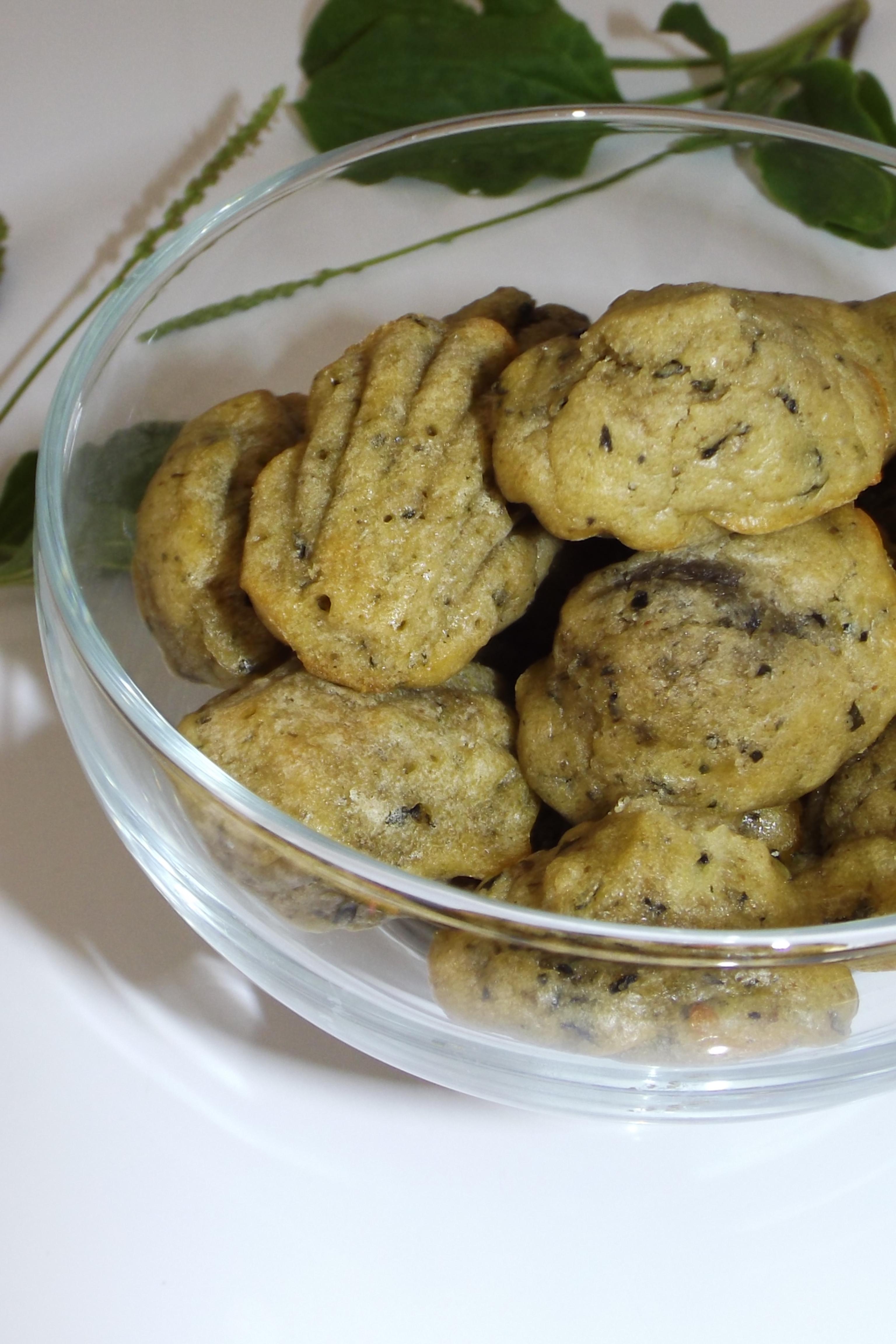 Mini-madeleines apéritives au pesto de plantain2